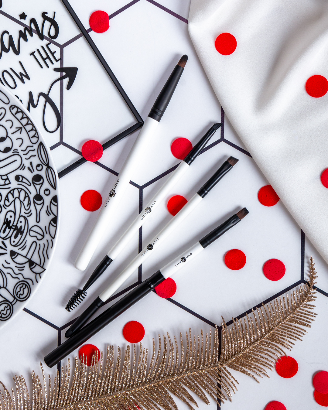 Lily Lolo 10 Piece Luxury Brush Set recenzja